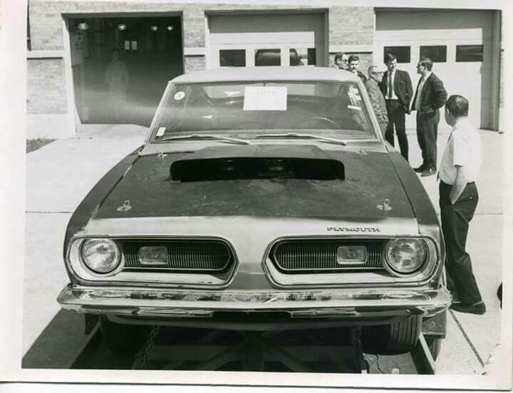 1968 Chrysler Super Stock