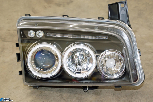 002-American-Muscle-Headlamp-Halo-Dodge-Charger