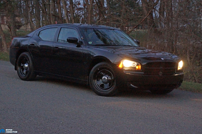 003-American-Muscle-Headlamp-Halo-Dodge-Charger