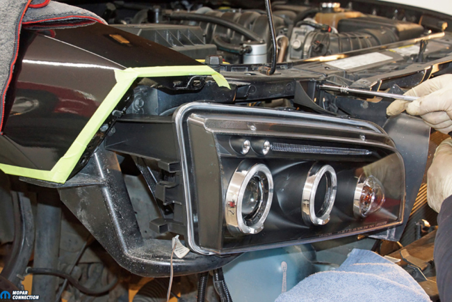 029-American-Muscle-Headlamp-Halo-Dodge-Charger