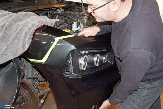 040-American-Muscle-Headlamp-Halo-Dodge-Charger