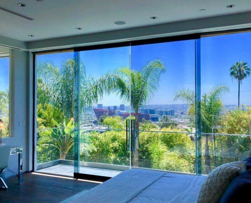 Los Angeles Clean Windows | Bedroom View