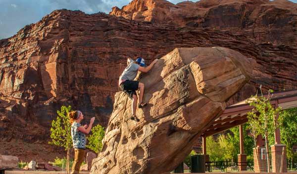 Rock sculptures playground equipment