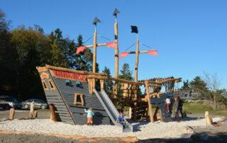 Highwire KOMPAN Pirate Ship
