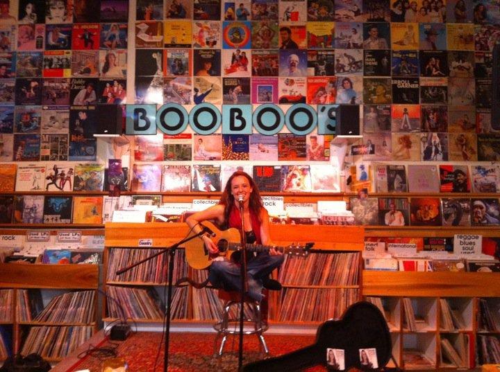 Amanda Holmes musician