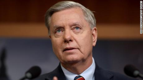 Lindsey Graham calls for Trump to use emergency powers to fund border wall