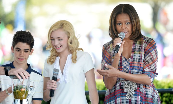 """Former first lady Michelle Obama did a healthy drinks demonstration with Boyce and his """"Jessie"""" costar Peyton List at the 201"""