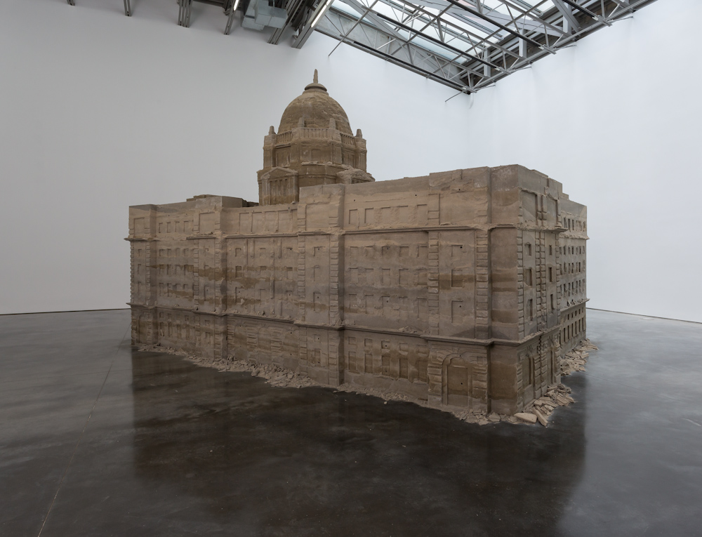 Huang Yong Ping, 'Bank of Sand, Sand of Bank', 2000, installation view at Gladstone Gallery, New York, 2018.