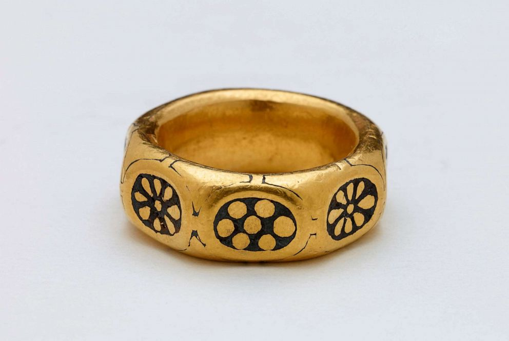 PHOTO: A gold ring from the ninth century which was part of Viking hoard by two amateur British treasure-hunters is seen here in this undated file photo.