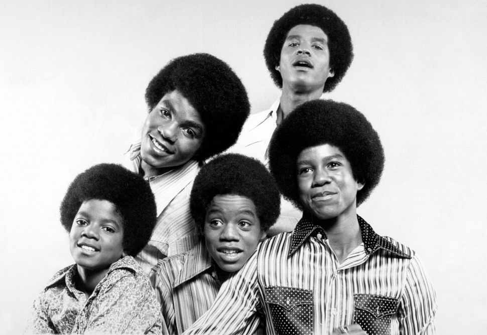 """R&B quintet """"Jackson 5"""" pose for a portrait in circa 1969. Clockwise from bottom left: Michael Jackson, Tito Jackson, Jac"""