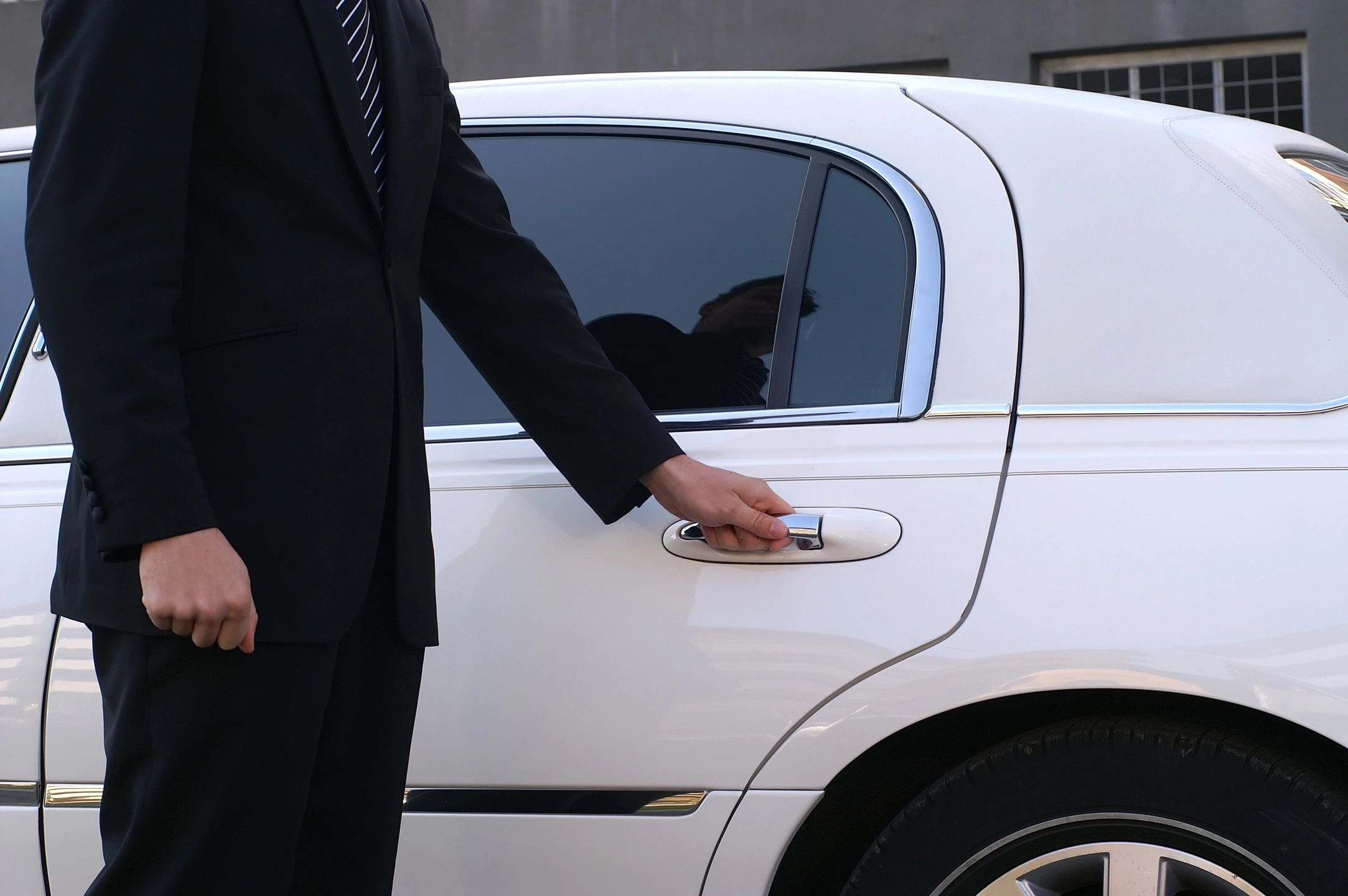 limousine rental tour service