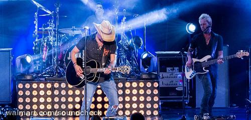 Jason Aldean LIVE Walmart Soundcheck Concert a...