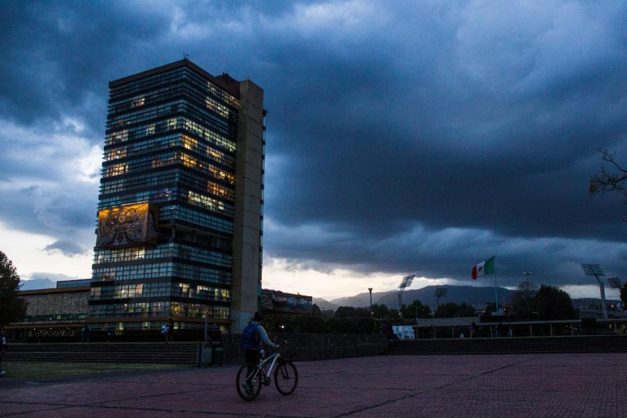 CIUDAD DE MÉXICO, 11FEBRERO2018.- Astpecto del edificio de rectoría de la Universidad Nacional Autónoma de México en Ciudad Universitaria.