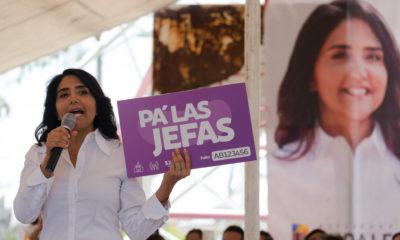 """CIUDAD DE MÉXICO, 11MAYO2018.- Alejandra Barrales Magdaleno, candidata de la jefatura de Gobierno por la coalición """"Por la CDMX al frente"""", realizó recorrido con los vecinos de la delegación de Iztapalapa. FOTO: ANDREA MURCIA /CUARTOSCURO.COM"""