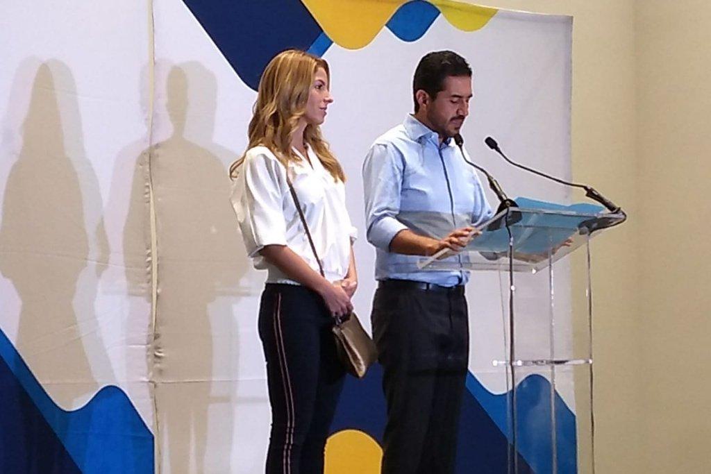 Yunes Márquez acepta derrota