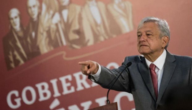 AMLO, Reforma educativa, Sector salud