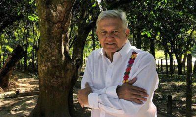 AMLO manda sus felicitaciones y buenos deseos a los mexicanos desde Palenque