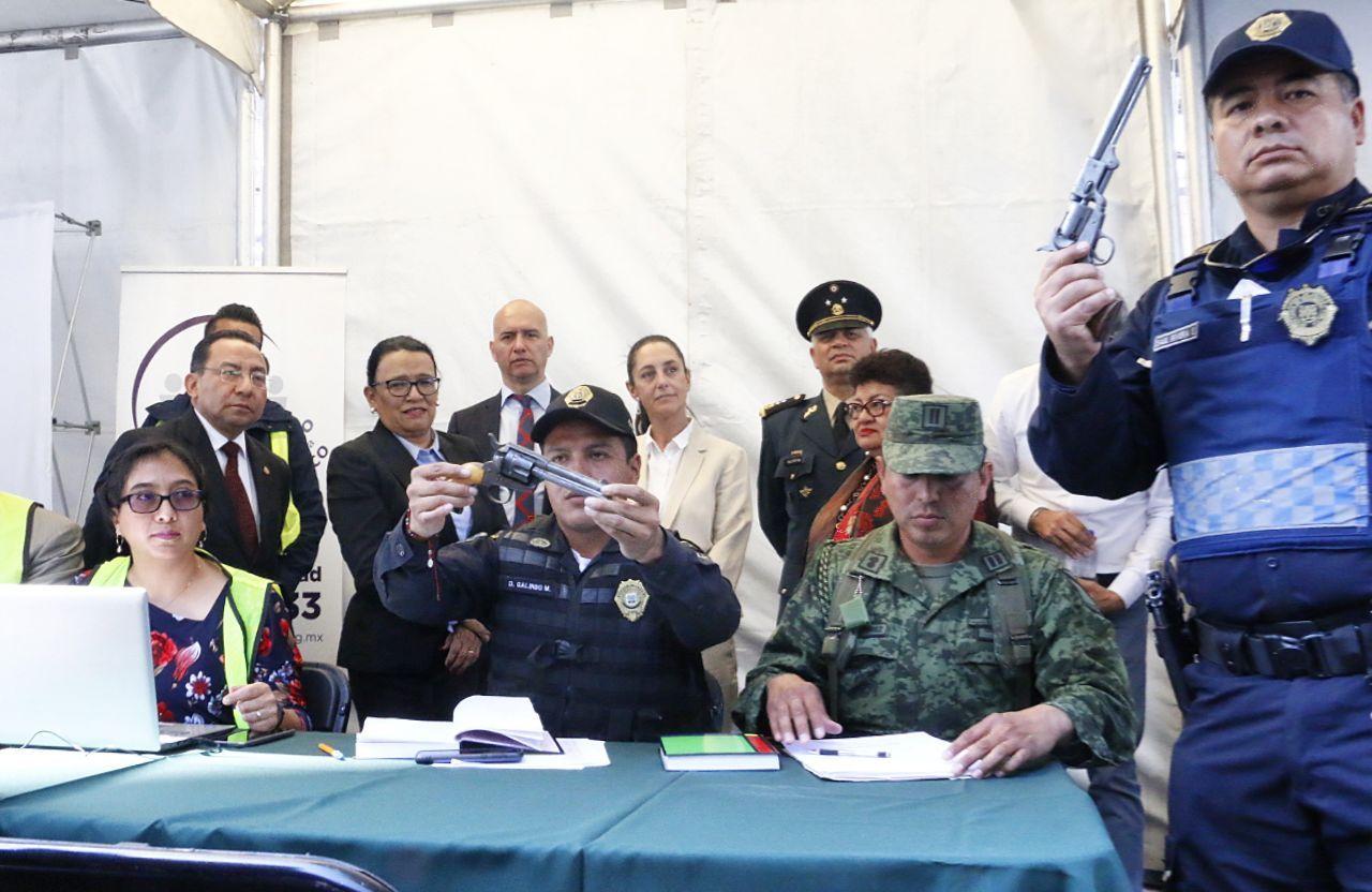 Sheinbaum, Sí al desarme sí a la paz, Cuahutémoc