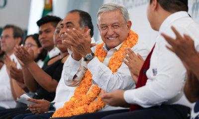 AMLO fue ligado a Abarca en 2014 después de los sucesos en Iguala