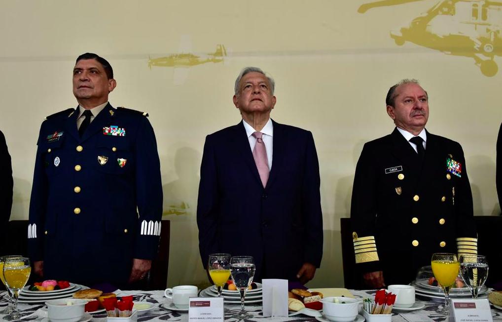 Ganancias del aeropuerto de Santa Lucía serán para Sedena: AMLO