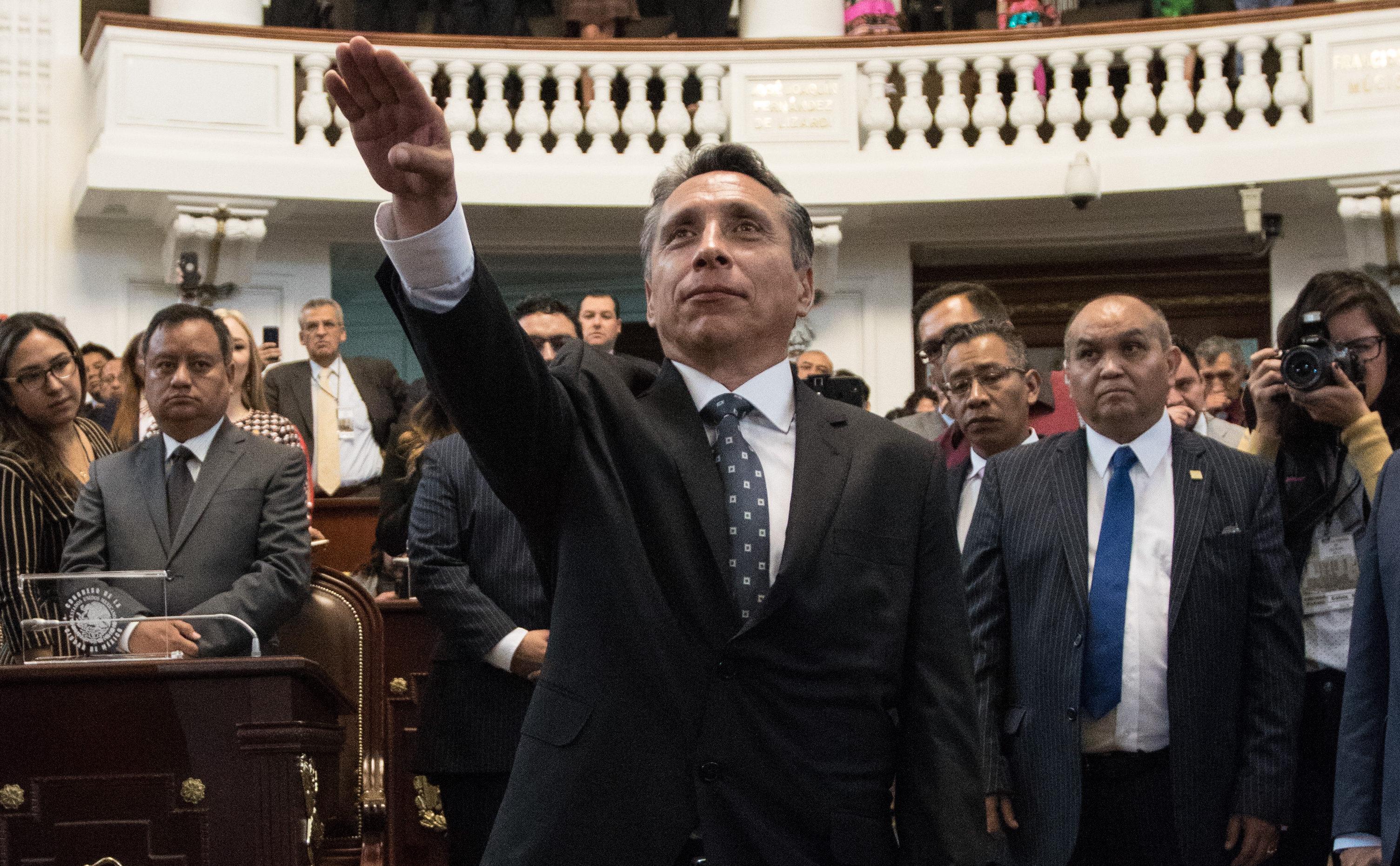 Manuel Negrete, alcalde de Coyoacán, está enfrentando una serie de adversidades que no veía venir al inicio de su trienio