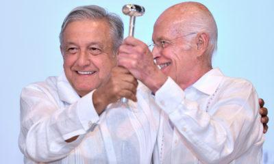Niño de Rivera rinde protesta como presidente de la ABM
