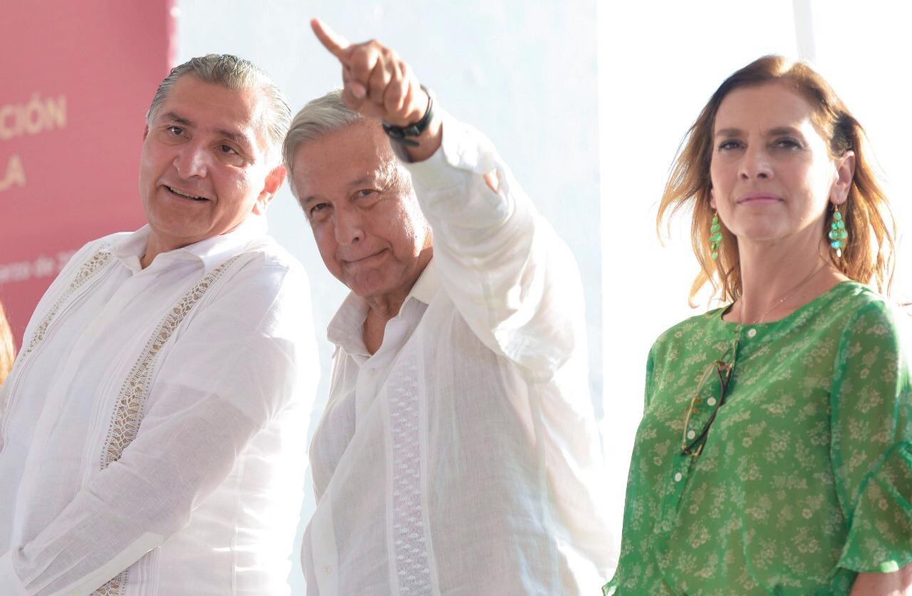AMLO, Andrés Manuel, López Obrador, Beatriz Gutiérrez Müller,