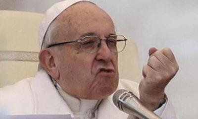 Papa justifica rechazo a que fieles besen su anillo episcopal