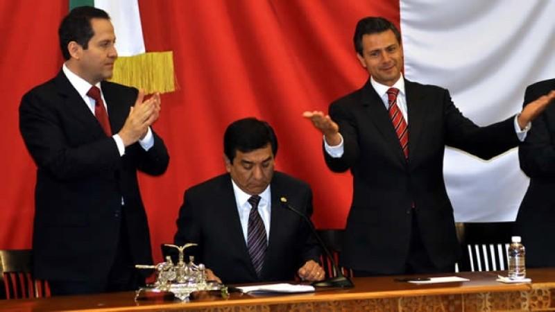 Congreso del Edomex deja sin escoltas a ex gobernadores de la entidad