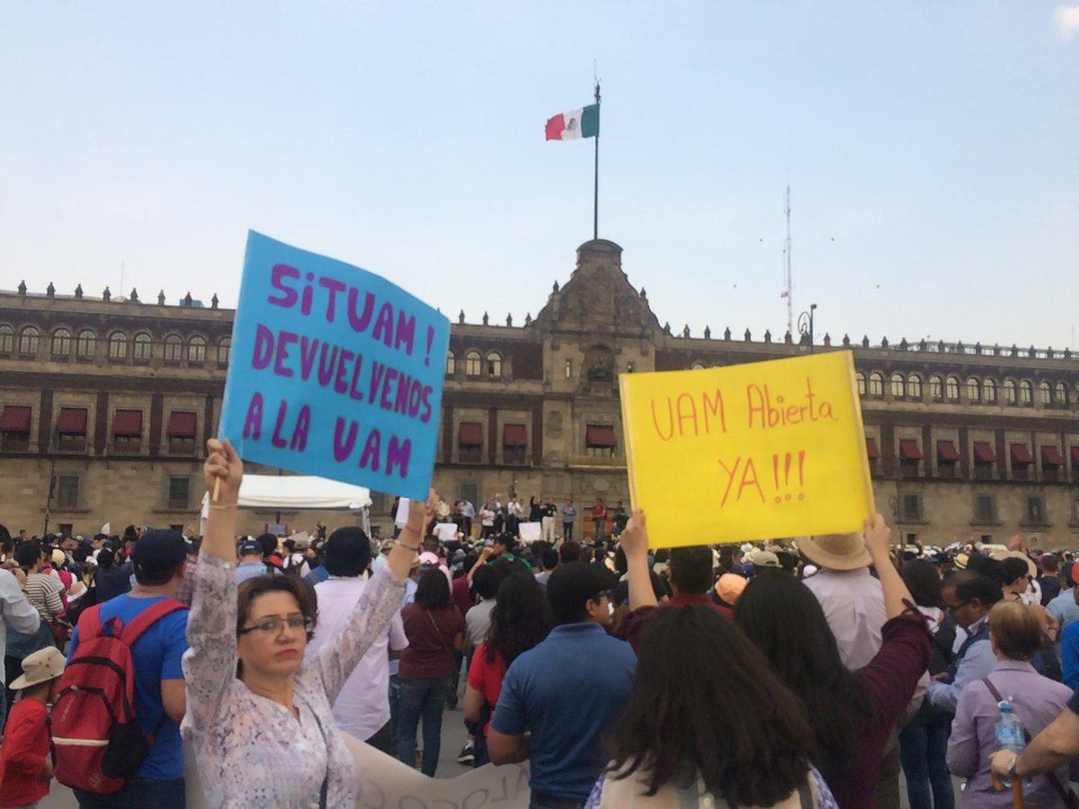 """Profesores y alumnos marchan """"en defensa"""" de la UAM"""