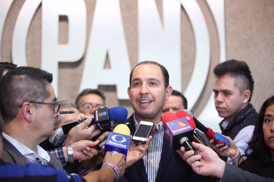 Marko Cortés critica condonación de pagos de luz en Tabasco