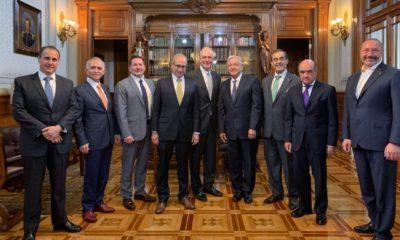 AMLO se reúne con representantes de empresas a quienes anteriormente habia señalado por tomar al país como territorio de conquista/ La Hoguera