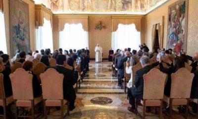 """El Vaticano pide diferenciar entre """"ideología de género"""" y """"estudios"""""""