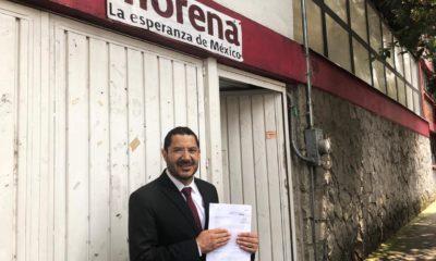 Batres se queja en comisión de Morena contra proceso que lo relevó en el Senado