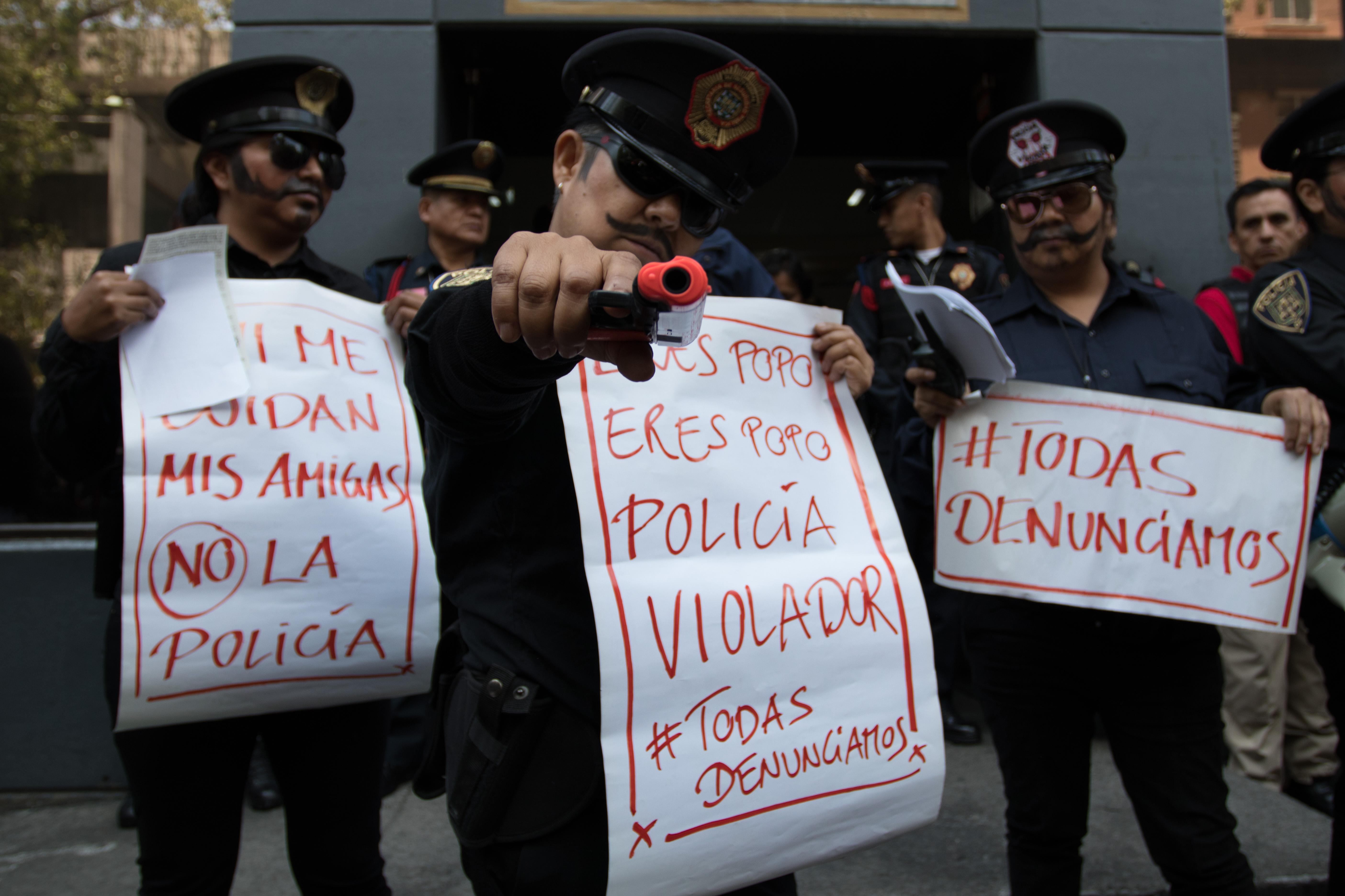 policías feministas