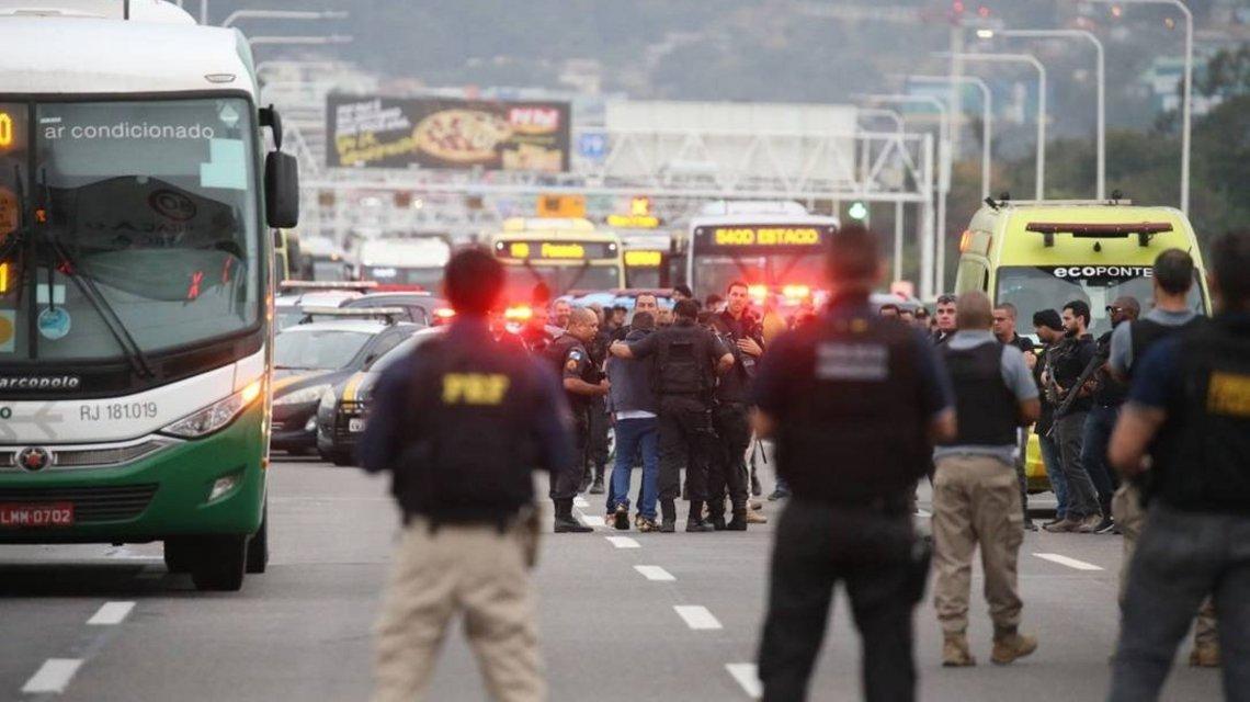 Secuestrador de autobús es abatido en Río de Janeiro por la policía