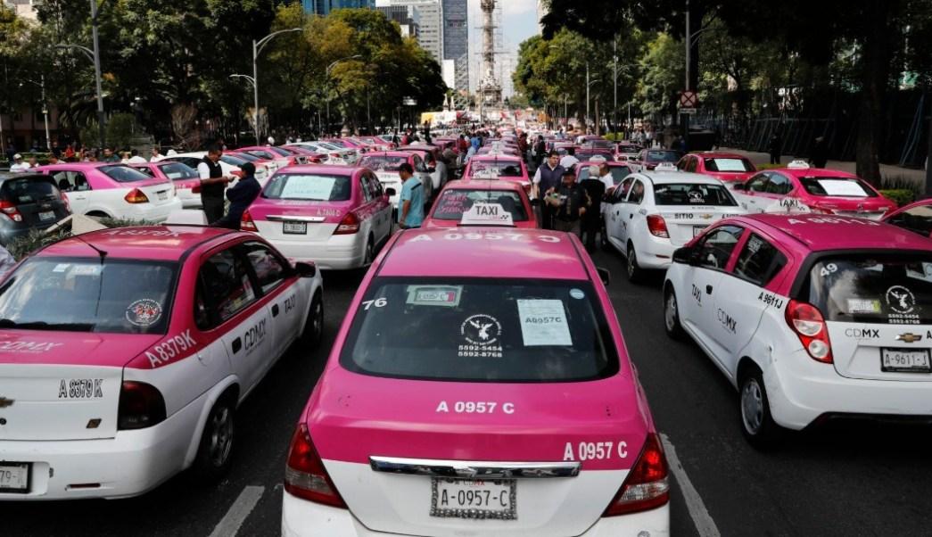 """Gobierno de la CDMX se declara """"abierto al diálogo"""" con los taxistas"""