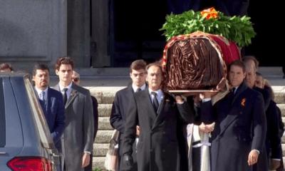"""Exhuman restos de Franco; acusan a Sánchez de uso político de esa """"profanación"""""""