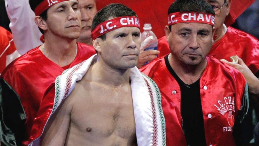 Julio César Chávez subirá al ring para ayudar a hijo de colega