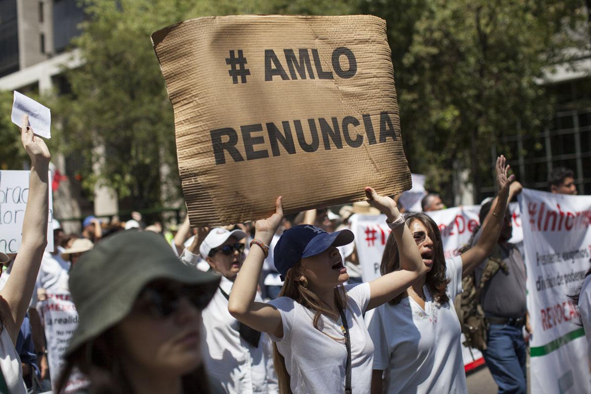 Alistan marcha anti-AMLO el domingo en Reforma