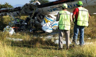 Dos muertos al desplomarse avioneta en Temixco