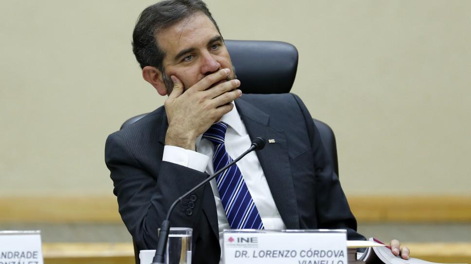 Morena propone reducir presidencia del INE a 3 años