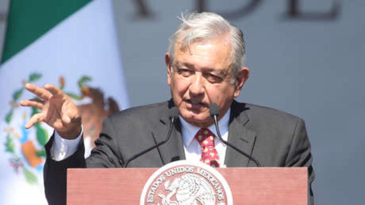 AMLO rechaza militarismo en Bolivia e intervencionismo en México