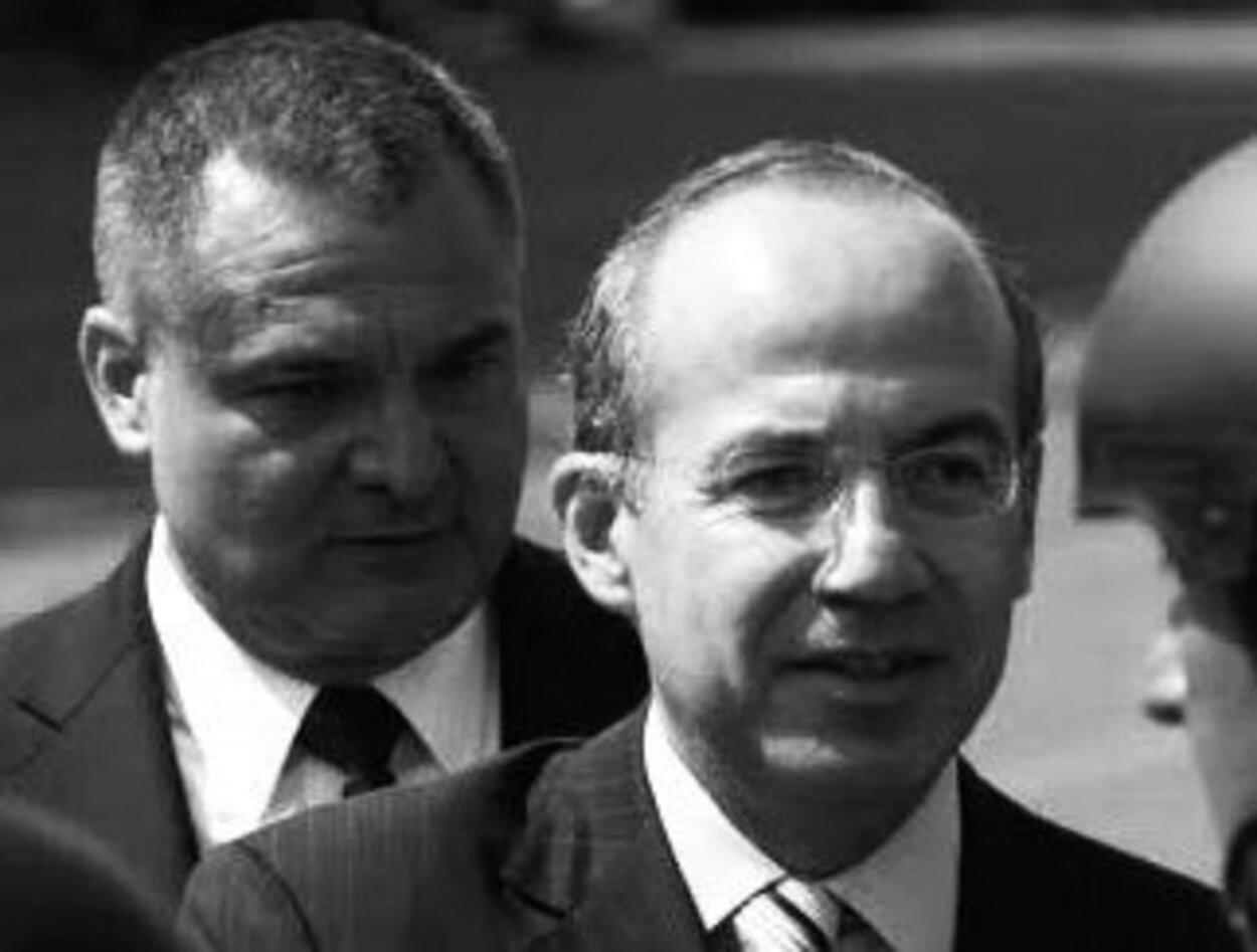 Calderón dice desconocer las causas de la detención de García Luna