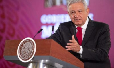AMLO condena violencia por pintura de Zapata en Bellas Artes