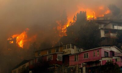 Incendio en Chile consume más de un ciento de casas