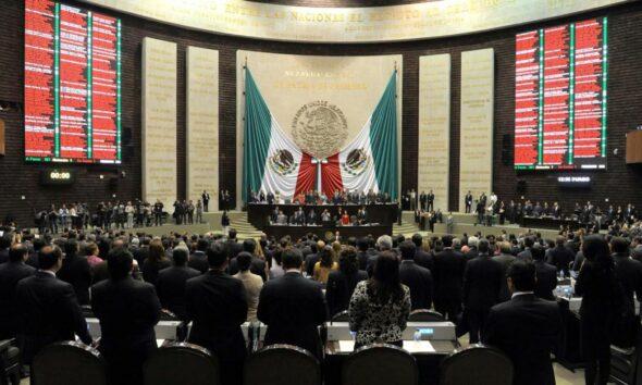 Diputados posponen aprobación de dictamen sobre outsourcing en comisiones