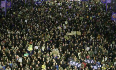 Marchan en España contra cambio climático