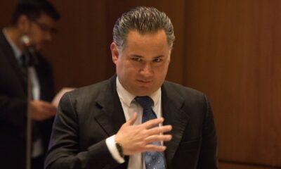 Cinco exfuncionarios de Calderón son investigados por triangulación de García Luna