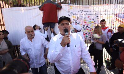 Critica Julián LeBarón que el gobierno no use su autoridad para defender a los mexicanos